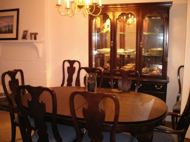 New Dining Room Set